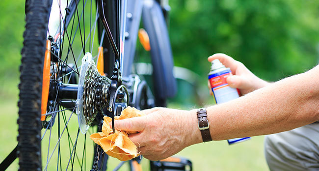 how to clean bike chain